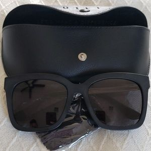Diff Eyewear Bella Polarized Sunnies